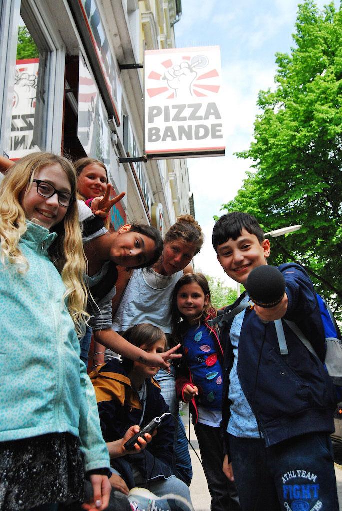 Die Radiofüchse bei der Pizza Bande! Lecker!
