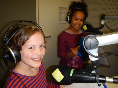 Hannah und Michaela im Studio
